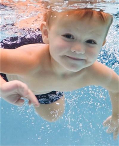 上海最好的游泳培训班 上海最好的游泳培训班公司 健晨供