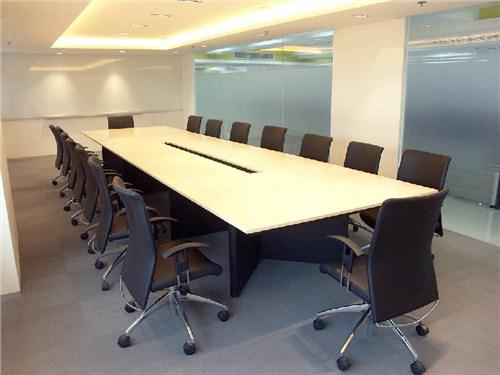 上海板式会议桌尺寸*上海时尚会议桌材质说明*凡威供