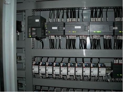 PLC控制柜制造商 PLC控制柜制造商价格便宜 怡云供