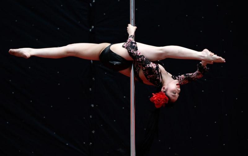 无锡钢管舞专业培训 专业钢管舞培训 纤姿供