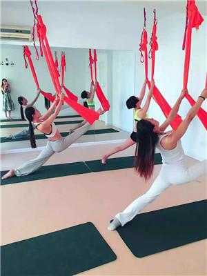 无锡哪里有瑜伽培训班*无锡瑜伽培训班报名费*纤姿供