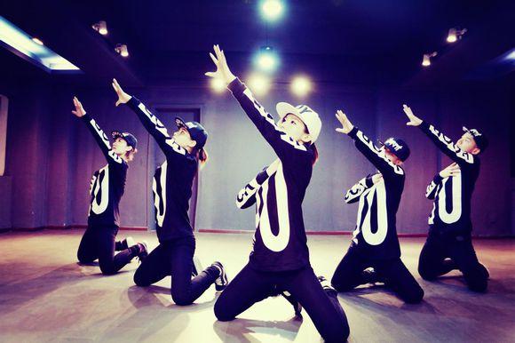 无锡爵士舞专业培训 高新爵士舞专业培训费用 纤姿供